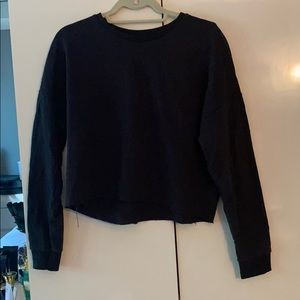 ‼️Only worn once ‼️ Black cropped sweatshirt